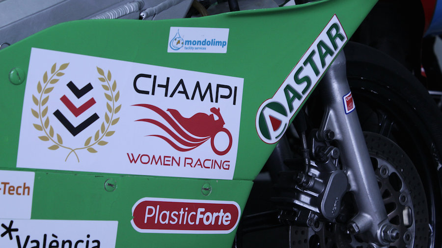 Champi Women Racing Astar Lubricants